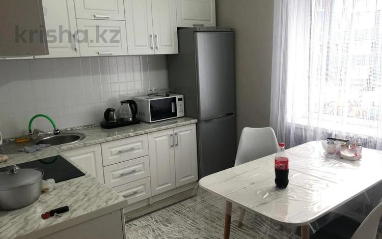 1-комнатная квартира, 46 м², 2/13 этаж, Макатаева 131 131 за 23.5 млн 〒 в Алматы, Алмалинский р-н