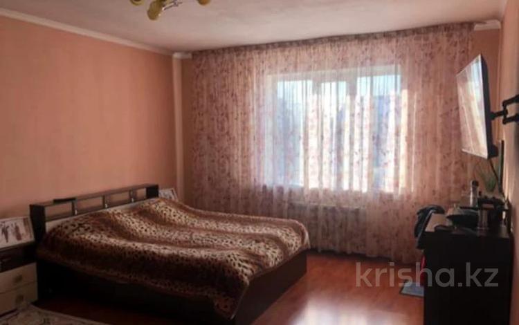 6-комнатный дом, 270 м², 6 сот., Мкр Достык 35 за 61 млн 〒 в Алматы, Наурызбайский р-н