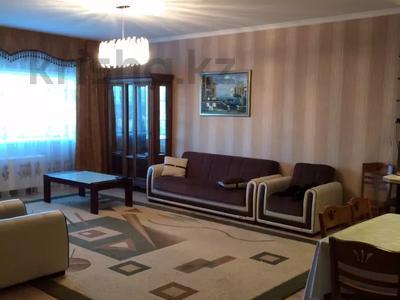 3-комнатная квартира, 150 м², 36/36 этаж посуточно, Достык 5 — Сауран за 16 000 〒 в Нур-Султане (Астана), Есиль р-н — фото 3