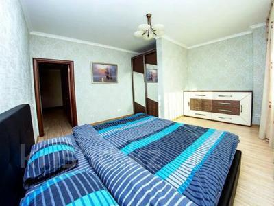 3-комнатная квартира, 150 м², 36/36 этаж посуточно, Достык 5 — Сауран за 16 000 〒 в Нур-Султане (Астана), Есиль р-н — фото 5