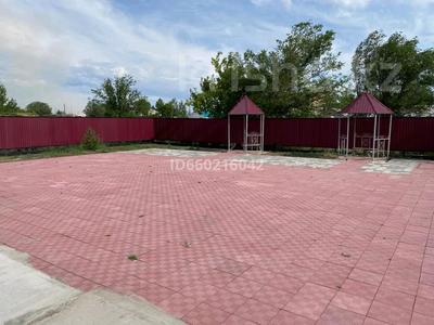 Здание, площадью 665 м², Победы 3 — Талжанова за 75 млн 〒 в Киевке — фото 5