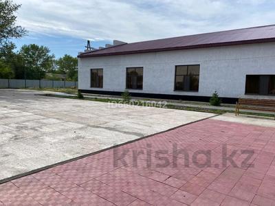 Здание, площадью 665 м², Победы 3 — Талжанова за 75 млн 〒 в Киевке — фото 6