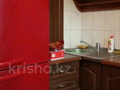 2-комнатная квартира, 45 м², 2/4 этаж помесячно, мкр №1 48 — Улугбека за 100 000 〒 в Алматы, Ауэзовский р-н — фото 3