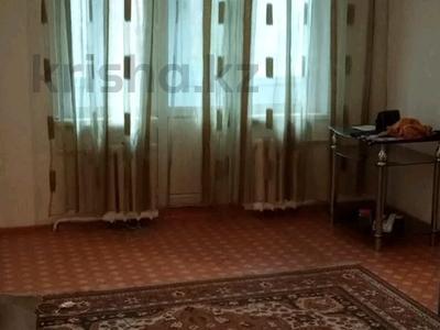 2-комнатная квартира, 45 м², 2/4 этаж помесячно, мкр №1 48 — Улугбека за 100 000 〒 в Алматы, Ауэзовский р-н — фото 4