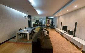 3-комнатная квартира, 150 м² помесячно, Достык 160 — Жолдасбекова за 550 000 〒 в Алматы