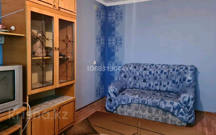 2-комнатная квартира, 54 м², 2/9 этаж, 9-й микрорайон 3Л за 10 млн 〒 в Темиртау