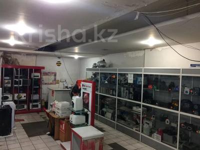 Магазин площадью 800 м², Дулатова 208 за 215 млн 〒 в Семее — фото 3