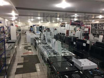 Магазин площадью 800 м², Дулатова 208 за 215 млн 〒 в Семее — фото 5