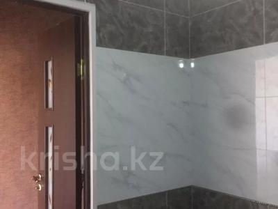 1-комнатная квартира, 37 м², 11/12 этаж, мкр Акбулак — Рыскулова Момушулы за 12.5 млн 〒 в Алматы, Алатауский р-н — фото 3