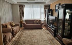 3-комнатная квартира, 130 м², 5/30 этаж помесячно, Байтурсынова 1 за 300 000 〒 в Нур-Султане (Астана)