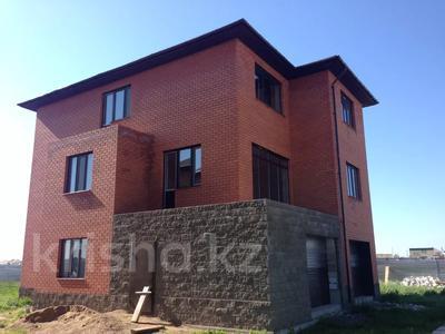 7-комнатный дом, 320 м², 10 сот., Бузыкты 16 за 28 млн 〒 в Караоткеле