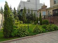 7-комнатный дом помесячно, 65 м², 20 сот., Ходжанова — Аль-Фараби за 2.5 млн 〒 в Алматы, Бостандыкский р-н