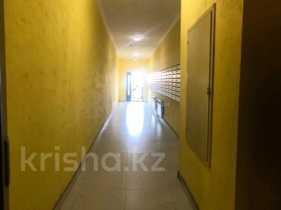 2-комнатная квартира, 38 м², 1/14 этаж, Кургальжинское шоссе 3/1 — Чингиза Айтматова за 12 млн 〒 в Нур-Султане (Астана), Есиль р-н — фото 9