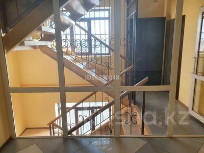 Здание, площадью 1400 м², Тайманова 44 — Жетес Би за 460 млн 〒 в Актобе — фото 14
