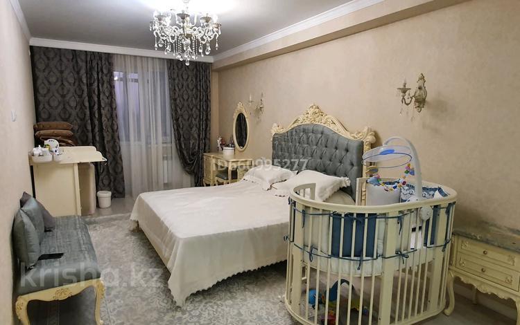 2-комнатная квартира, 82 м², 7/12 этаж, Сатпаева 20а за 28 млн 〒 в Нур-Султане (Астана)