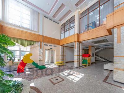 4-комнатная квартира, 105 м², 30/39 этаж, Кабанбай батыра 11 за 42 млн 〒 в Нур-Султане (Астана), Есиль р-н — фото 10