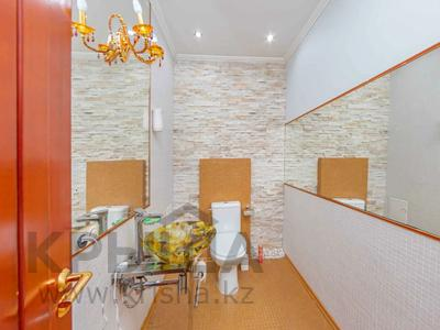 4-комнатная квартира, 105 м², 30/39 этаж, Кабанбай батыра 11 за 42 млн 〒 в Нур-Султане (Астана), Есиль р-н — фото 14