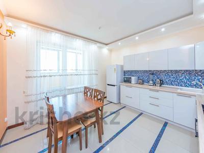 4-комнатная квартира, 105 м², 30/39 этаж, Кабанбай батыра 11 за 42 млн 〒 в Нур-Султане (Астана), Есиль р-н — фото 35