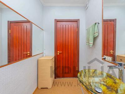 4-комнатная квартира, 105 м², 30/39 этаж, Кабанбай батыра 11 за 42 млн 〒 в Нур-Султане (Астана), Есиль р-н — фото 37