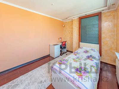 4-комнатная квартира, 105 м², 30/39 этаж, Кабанбай батыра 11 за 42 млн 〒 в Нур-Султане (Астана), Есиль р-н — фото 5