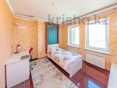 4-комнатная квартира, 105 м², 30/39 этаж, Кабанбай батыра 11 за 42 млн 〒 в Нур-Султане (Астана), Есиль р-н — фото 7