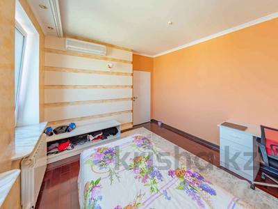 4-комнатная квартира, 105 м², 30/39 этаж, Кабанбай батыра 11 за 42 млн 〒 в Нур-Султане (Астана), Есиль р-н — фото 9