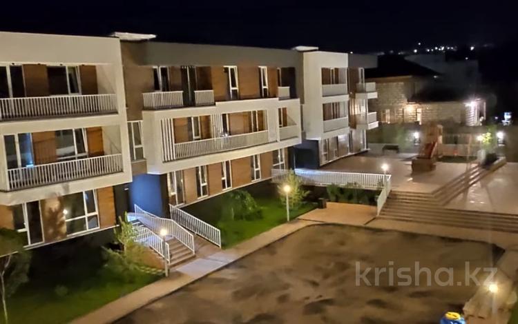 3-комнатная квартира, 94 м², 1/3 этаж, мкр Ремизовка, Мкр Ремизовка 6 за 36.4 млн 〒 в Алматы, Бостандыкский р-н