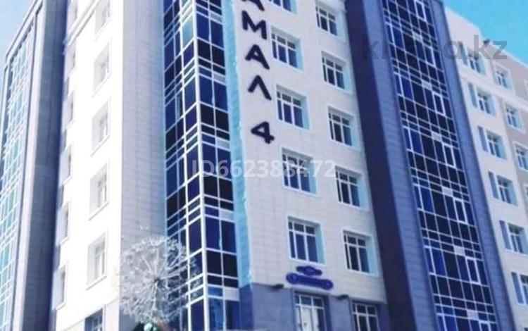2-комнатная квартира, 55 м², 3/8 этаж, Бухар жырау 36 за 24 млн 〒 в Нур-Султане (Астана), Есиль р-н