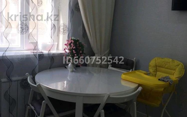 3-комнатная квартира, 80 м², 2/6 этаж, 32Б мкр 1 за 22 млн 〒 в Актау, 32Б мкр