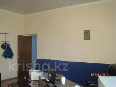Здание, площадью 652 м², Труда 63 за ~ 56.5 млн 〒 в Петропавловске — фото 5
