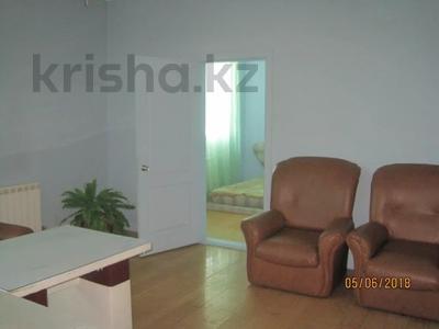 Здание, площадью 652 м², Труда 63 за ~ 56.5 млн 〒 в Петропавловске — фото 7