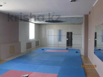 Здание, площадью 652 м², Труда 63 за ~ 56.5 млн 〒 в Петропавловске — фото 9