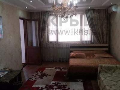 1-комнатная квартира, 50 м², 1/5 этаж посуточно, Мкр. Каратал 14д за 15 000 〒 в Талдыкоргане — фото 8