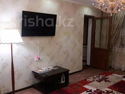 1-комнатная квартира, 50 м², 1/5 этаж посуточно, Мкр. Каратал 14д за 15 000 〒 в Талдыкоргане