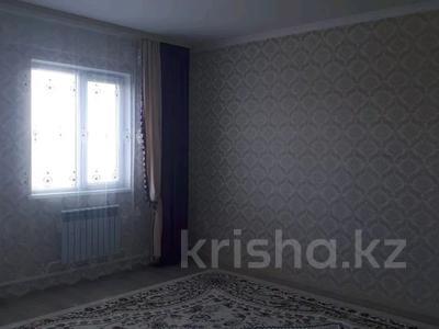 4-комнатный дом, 8 м², Аксай-2 22 көше 63 за 16.5 млн 〒 — фото 10
