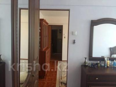 3-комнатная квартира, 54 м², 3/5 этаж помесячно, Привокзальный 17 за 100 000 〒 в Атырау — фото 5