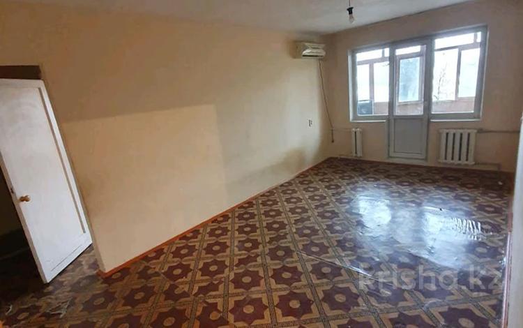 3-комнатная квартира, 58.2 м², 4/5 этаж, Аскарова за 15.2 млн 〒 в Шымкенте, Абайский р-н