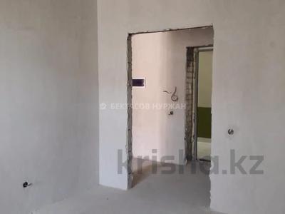 3-комнатная квартира, 89 м², 3/8 этаж, Алихана Бокейханова 27/1 за 35 млн 〒 в Нур-Султане (Астана), Есиль р-н — фото 4
