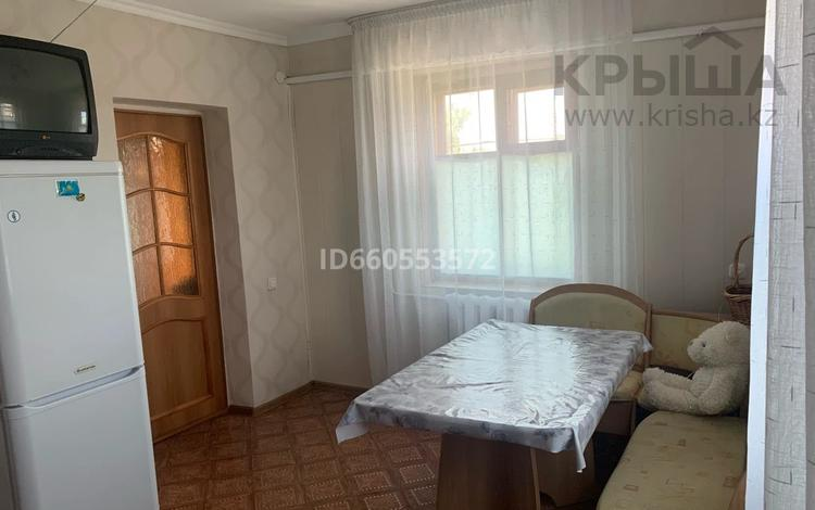 3-комнатный дом, 90 м², 8 сот., Ахмирово — Достык за 10 млн 〒 в Усть-Каменогорске
