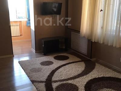 2-комнатная квартира, 46 м², 3/5 этаж посуточно, Мкр 15 43 за 10 000 〒 в Актау