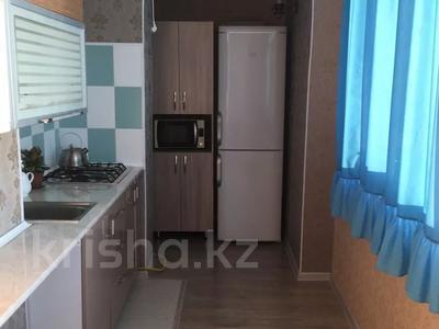 2-комнатная квартира, 46 м², 3/5 этаж посуточно, Мкр 15 43 за 10 000 〒 в Актау — фото 3