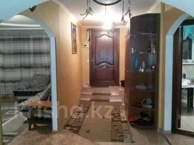 6-комнатный дом, 200 м², Фрунзе 109 за 30 млн 〒 в Семее