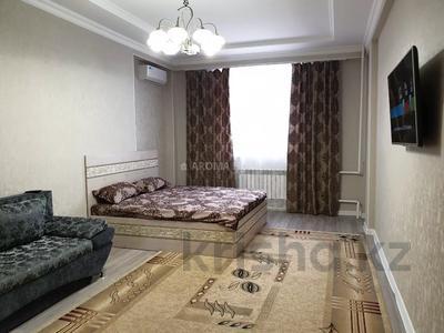 1-комнатная квартира, 55 м², 12/14 этаж посуточно, 17-й мкр 11 за 10 000 〒 в Актау, 17-й мкр