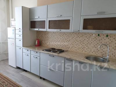 1-комнатная квартира, 55 м², 12/14 этаж посуточно, 17-й мкр 11 за 10 000 〒 в Актау, 17-й мкр — фото 4