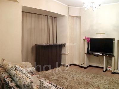 2-комнатная квартира, 63 м², 2/5 этаж посуточно, Байтурсынова 98/2 — Сатпаева за 12 000 〒 в Алматы, Бостандыкский р-н