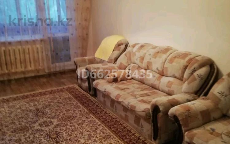 2-комнатная квартира, 48 м², 2/5 этаж, мкр Юго-Восток 3 за 13.5 млн 〒 в Караганде, Казыбек би р-н