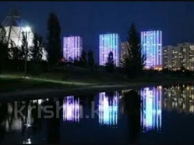 1-комнатная квартира, 39 м² по часам, Нажимеденова 10 — Тауелсиздык за 2 000 〒 в Нур-Султане (Астана) — фото 6