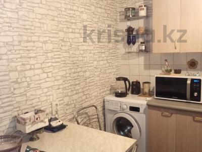 2-комнатная квартира, 42 м², 2/4 этаж, Джандосова за 18.9 млн 〒 в Алматы, Ауэзовский р-н — фото 12