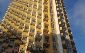 4-комнатная квартира, 89 м², 12/18 этаж, Чолокашвили 136 за 13.6 млн 〒 в Батуми