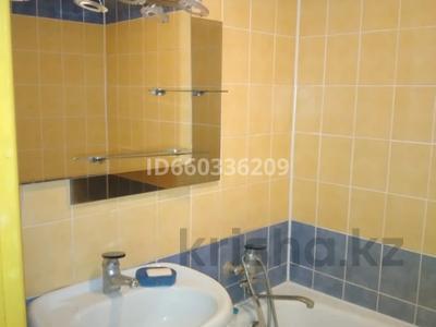 3-комнатная квартира, 60 м², 2/5 этаж помесячно, Куйши Дина 38 за 130 000 〒 в Нур-Султане (Астана) — фото 7